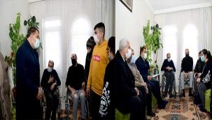 Başkan Gürkan Engelli Aileyi Ziyaret Etti