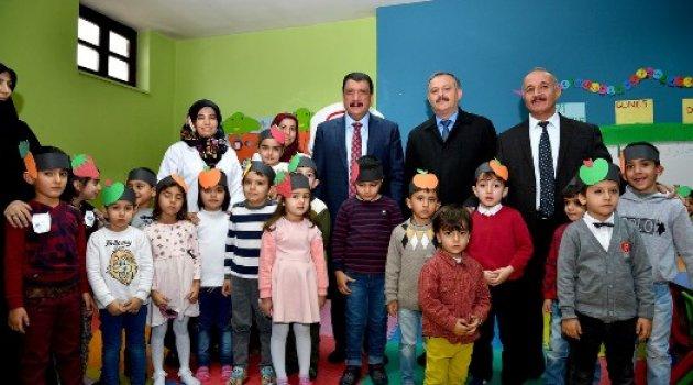 Başkan Gürkan, Yerli Malı Kullanımını Özendirmeliyiz