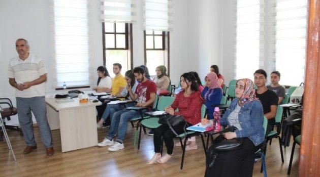Büyükşehir Belediyesi Eğitim Hizmetlerine Devam Ediyor