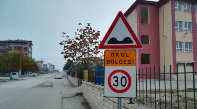 Büyükşehirden ilkokul önlerinde trafik güvenliği