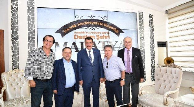 Hababam sınıfı oyuncuları Başkan Gürkan'ı ziyaret etti