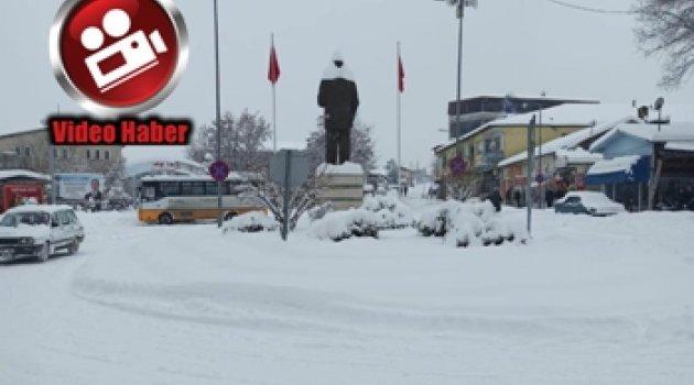 Malatya'nın Akçadağ İlçesinde Kar Etkili Oldu
