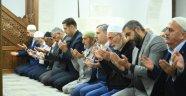 """""""Dualarımız, Yüreğimiz ve Kalbimizle Mehmetçiğimizin Yanındayız"""""""
