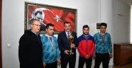 Engelli sporcular, Başkan Gürkan'ı Ziyaret Etti