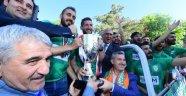 Yeşilyurt Belediyespor, Şampiyonluk Kupasını Görkemli Bir Törenle Aldı