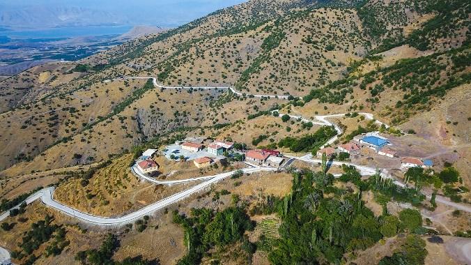 Büyükşehir 7 Km Uzunluğundaki Alhanuşağı Mahalle Yolunu Asfaltladı