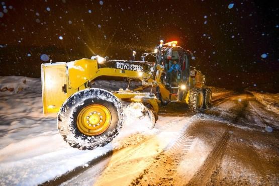 Büyükşehir Karla Mücadele Çalışmalarına Aralıksız Devam Ediyor